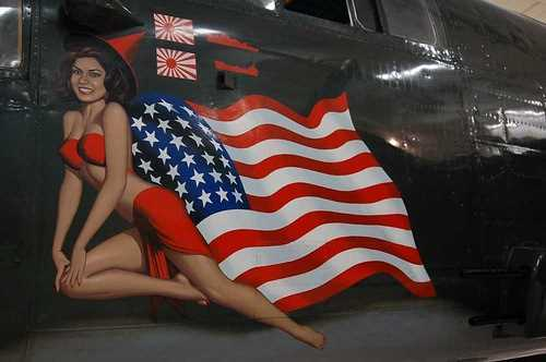 Lovely-Ladies-Painted-On-WWII-Fighter-Planes-18