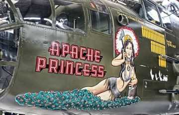 Lovely-Ladies-Painted-On-WWII-Fighter-Planes-40