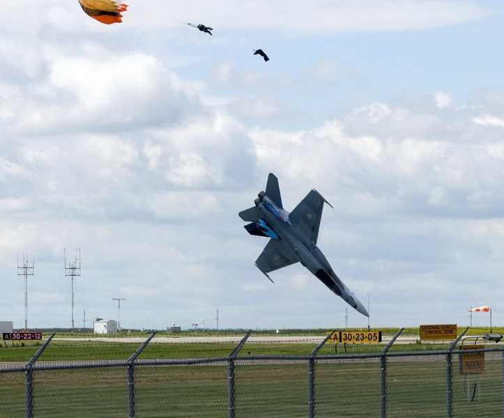 Perfectly-Timed-Military-10